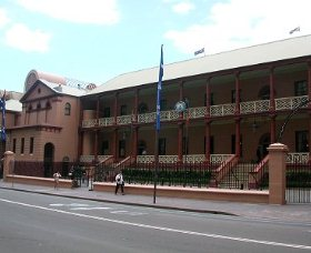 Parliament House - Hervey Bay Accommodation