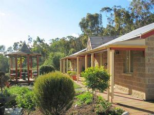 Riesling Trail  Clare Valley Cottages - Hervey Bay Accommodation
