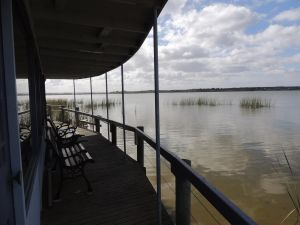 PS Federal Retreat Paddle Steamer Goolwa - Hervey Bay Accommodation